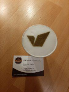 Koffie printer huren maakt van een cappuccino een reclame cappuccino